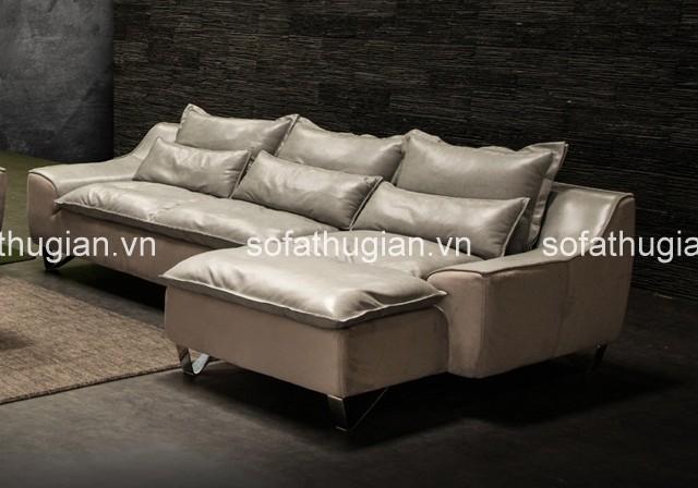 bộ sofa da màu trắng sẽ tạo cảm giác không gian thoáng đãng hơn